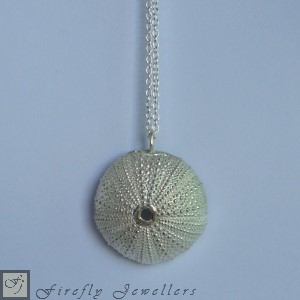 Silver sea urchin necklace - N16P